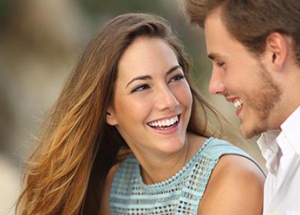מדריך נשים- איך להתלבש לדייט ראשון